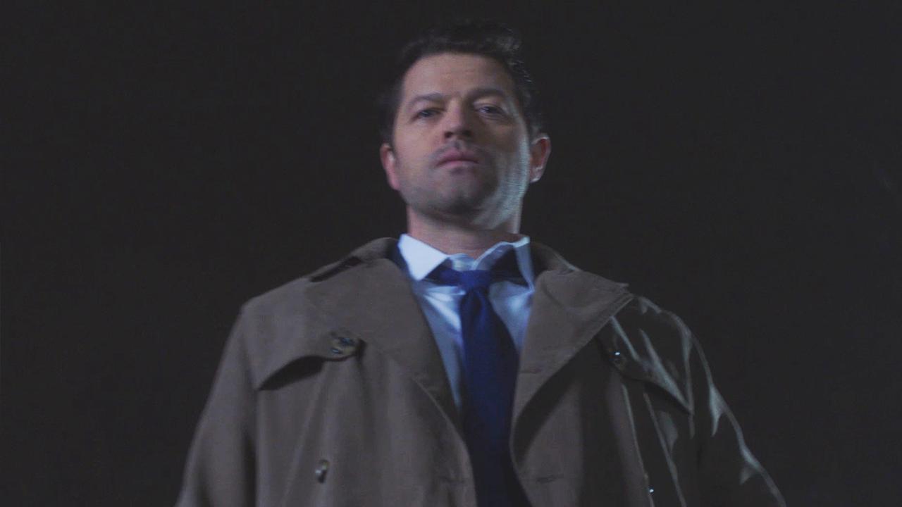 'Supernatural': Castiel Shows Off Impressive Fighting Skills in This Season  14 Deleted Scene (Exclusive)
