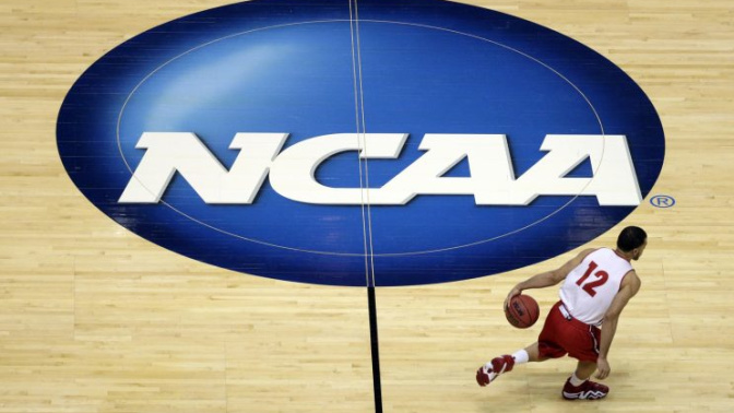North Carolina lawmakers agree to repeal HB2 right before NCAA deadline