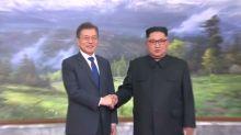 Korean leaders hold surprise meeting