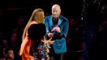 John Travolta mistakes drag artist for Taylor Swift at VMAs