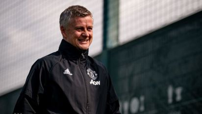 Manchester United vs Burnley LIVE: Premier League team news, line-ups and more today