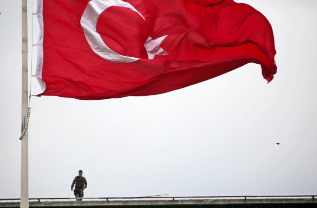 Turkish court backs censorship of Wikipedia