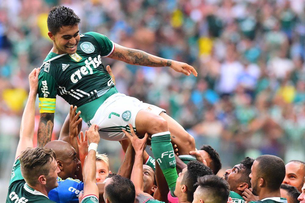 Dudu anotou um golaço no final do primeiro tempo (Foto: Sergio Barzaghi/GazetaPress)