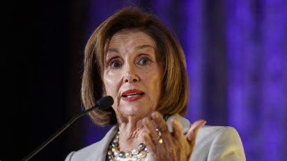 Pelosi in Jordan for discussions on Syria crisis