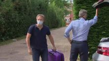 Shapps returns from Spain and defends quarantine measures