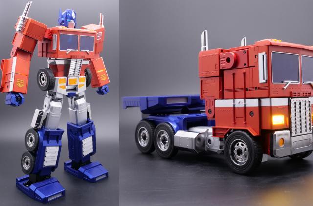 Robosen Robotics' Optimus Prime collectible responds to voice commands