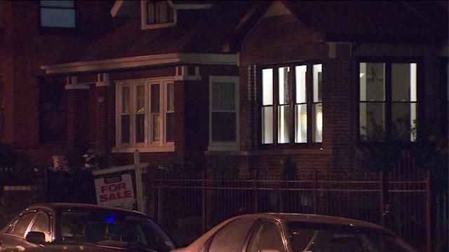Man breaks into home, sexually assaults girl in Chicago`s Albany Park neighborhood