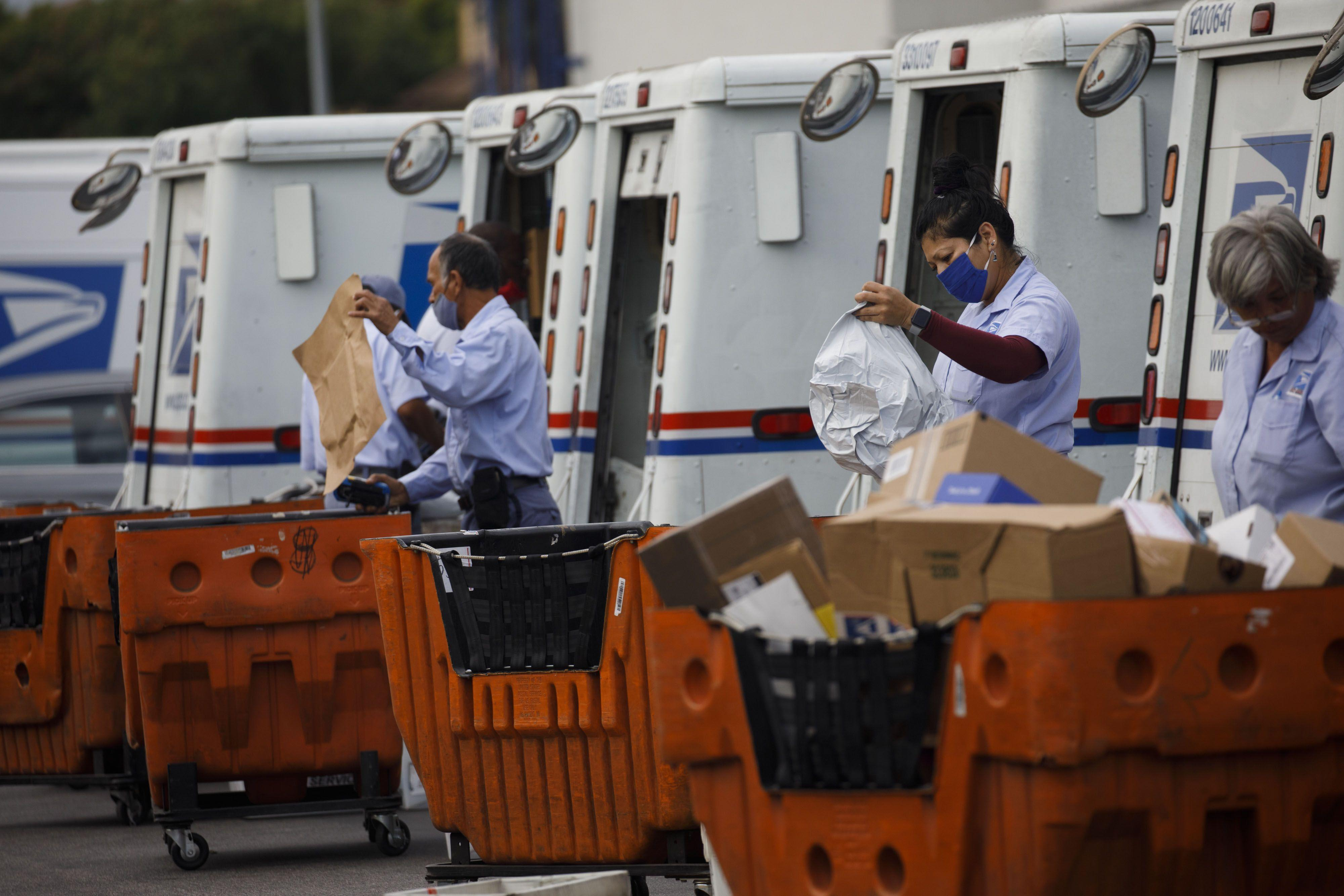 What Local Postal Workers Say About The Trump Administration's Postal Service Cutbacks