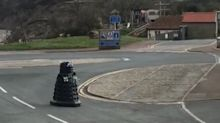Coronavirus: Dalek patrols streets ordering humans to 'self-isolate'