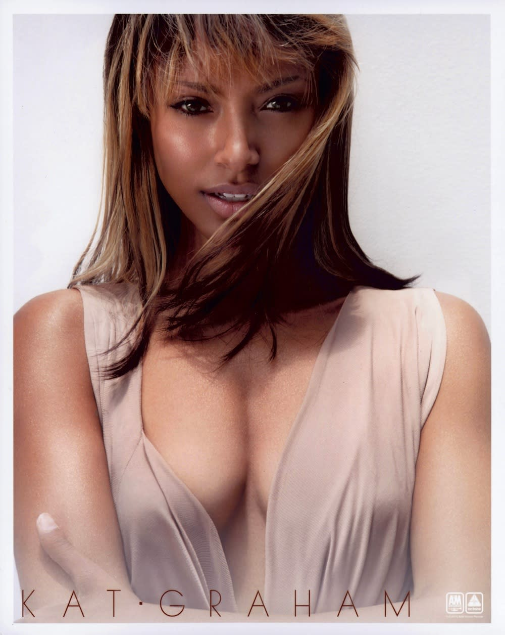 'Vampire Diaries' Star Kat Graham Premieres New Video for 'Power'