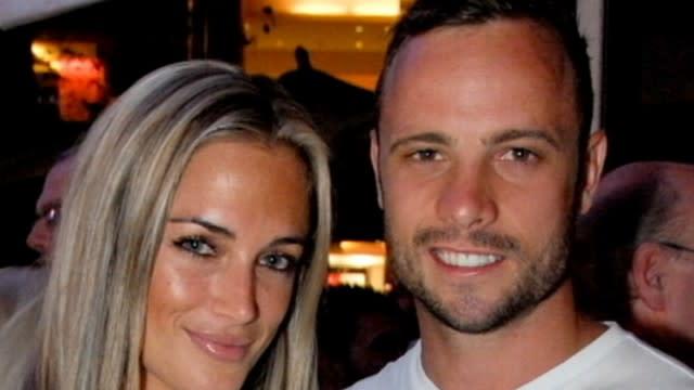 Oscar Pistorius: Inside Relationship With Slain Girlfriend