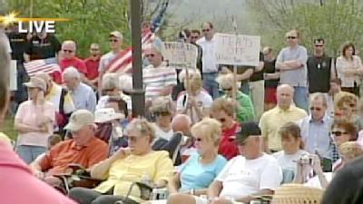 Tea Party Asks Iowans 'Had Enough?'