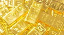 Gold ends higher, recoups some recent losses as bond yields slide