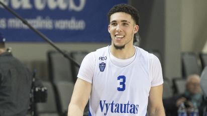 The third Ball brother is signing with NBA team