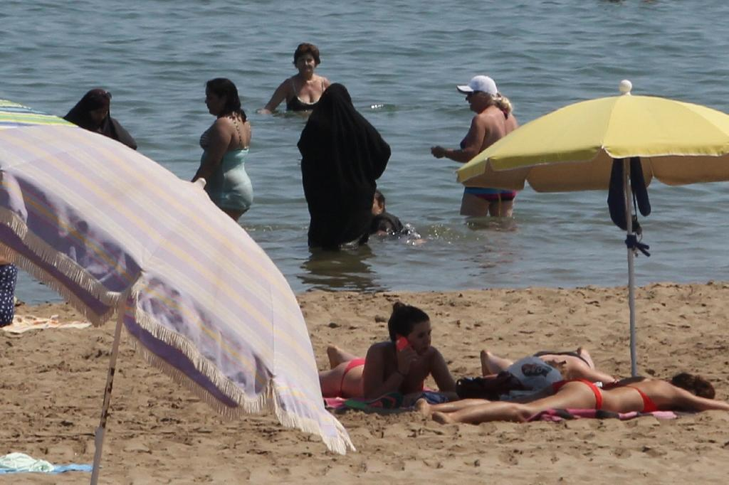 """French Prime Minister, Manuel Valls, who came under fire last month for saying that the burkini was """"based notably on the enslavement of women"""" reiterated his stance in a recent Huffington post piece (AFP Photo/Raymond Roig)"""