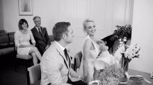 Bride breastfeeds daughter throughout wedding ceremony, Internet loves it