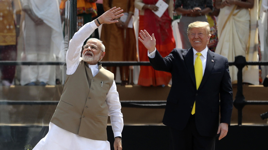 Trump attends massive rally to open trip to India