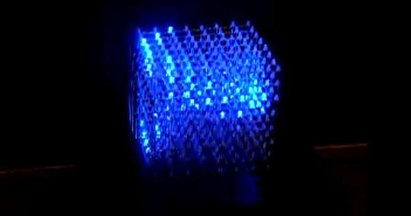 Cube made of 512 LEDs does 3D with calculus, not glasses (video)