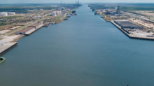 Federal regulator moves closer to approving Brownsville LNG plant
