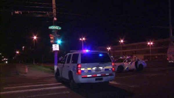 Man gunned down at water ice stand in West Oak Lane