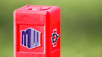 Mountain West votes to play fall football