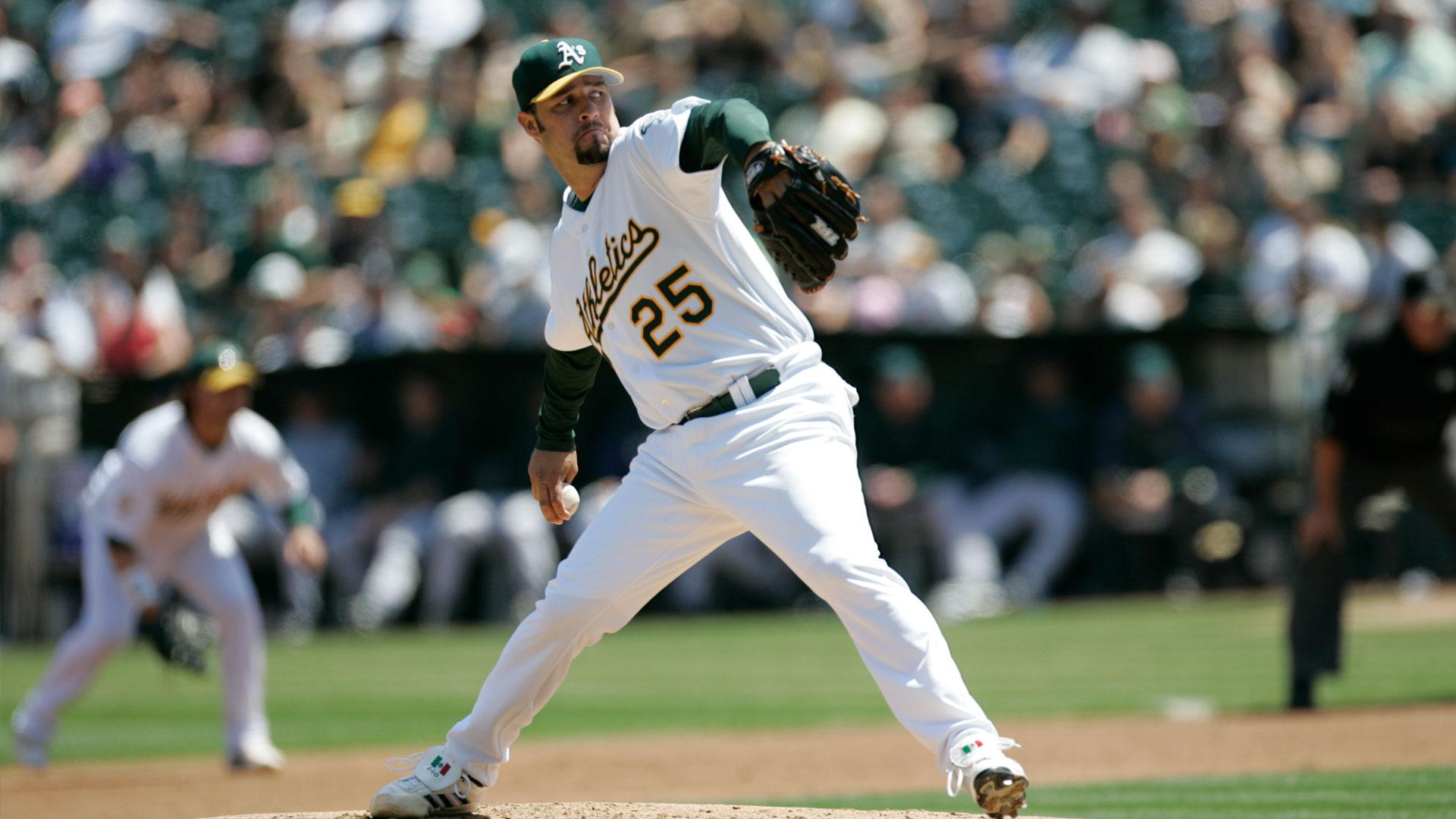 How Esteban Loiaza went from A's pitcher to cocaine dealer, prison