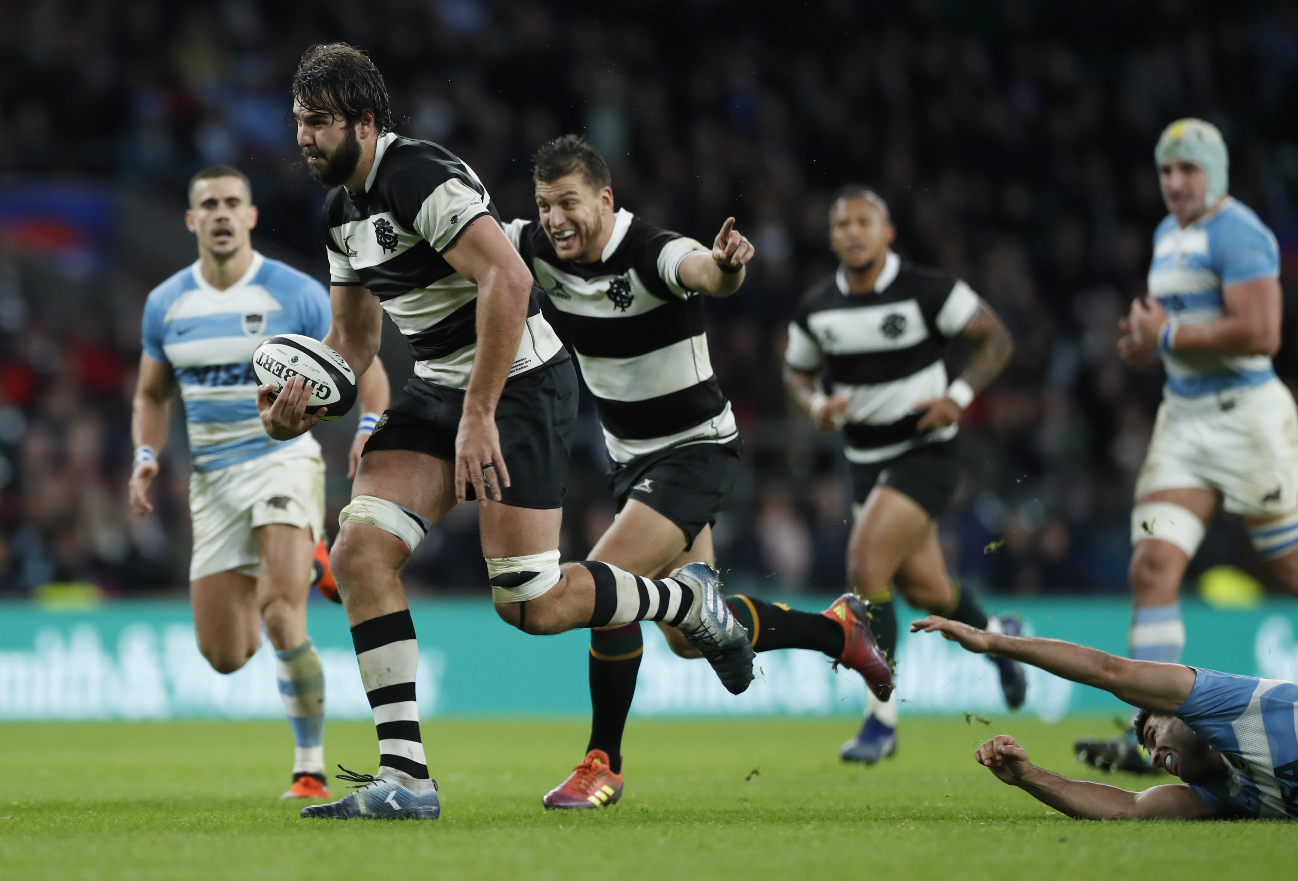 barbarians beat argentina on late dropped goal at twickenham. Black Bedroom Furniture Sets. Home Design Ideas