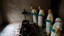 Ofrecen la vacuna del ébola a sanitarios sudaneses ante el avance en el Congo