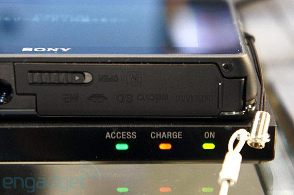 Sony Cyber-shot TX300V inductive charging camera and dock hands-on (video)