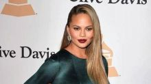 Chrissy Teigen Shows Off Totally Flat Stomach Just One Month After Giving Birth