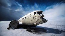 ¿Cuál es el lugar más seguro para sentarse cuando se viaja en avión?