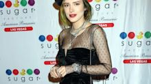 Bella Thorne cumple 21 con un look parisino en Las Vegas