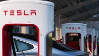 Tesla Q3 reports 'fantastic, but valuation comes from autonomous': analyst