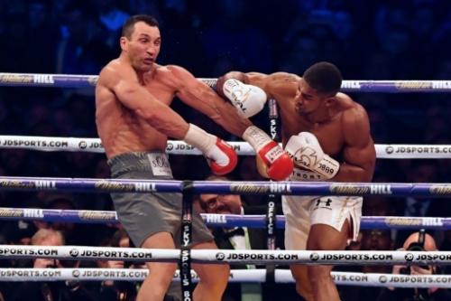 """Boxe: Joshua """"veut"""" un combat contre Fury"""