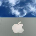 Irish regulator questions Apple over recordings