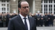 FN au second tour : Hollande avertit Macron