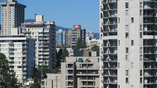 Renters feeling the squeeze in Vancouver's hot housing market