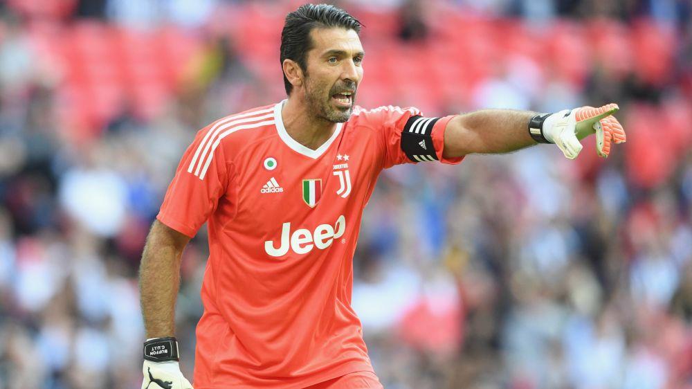 """Buffon e la sua Top 5 dei calciatori italiani: """"Pirlo, Totti, Del Piero, Baggio e Maldini"""""""