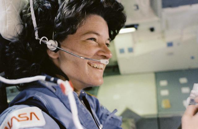 Hitting the Books: Why women make better astronauts