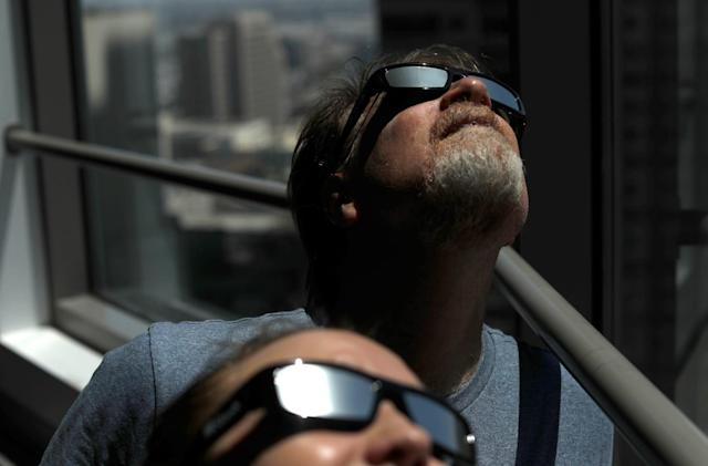 Amazon offers refunds for dodgy solar eclipse glasses