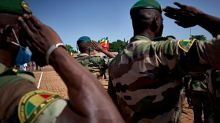 Au Mali, au moins 12 militaires tués dans une double attaque