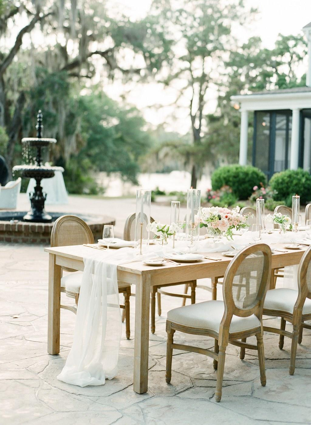 2019 Wedding Reception Trends Straight From the Experts