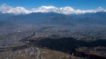 Nepal lifts virus ban for Bahrain royal climbing expedition