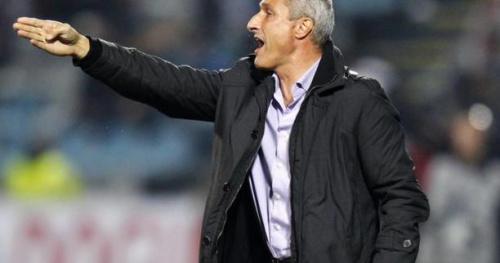 Foot - L1 - Lorient - Bernard Casoni, entraîneur de Lorient : «On ne va pas baisser la tête»