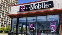 T-Mobile Wireless Growth Likely Best In Q1 But AT&T Stock, Cable TV Firms May Surprise