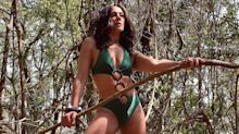 "Claudia Raia posa de maiô e brinca: ""Plena, procurando meu Tarzan"""