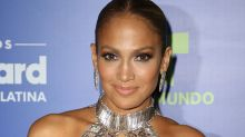 Jennifer Lopez Laughs Off Haters Making Photoshop Accusations
