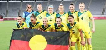 'Classy' Aussies praised for historic Olympic act