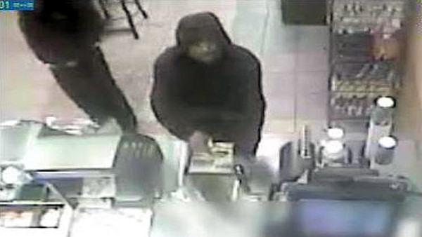 Clerk thwarts armed robbery of Subway shop in SW Phila.