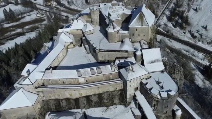 Doubs : le château de Joux, la prison deToussaint Louverture et du comtede Mirabeau